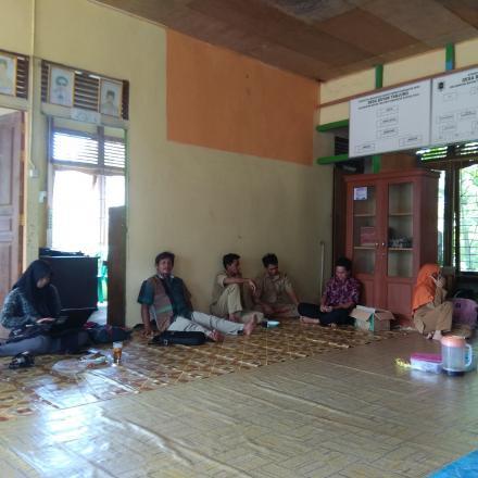 Kepala Desa Boyan Tanjung Melaksanakan MusDes