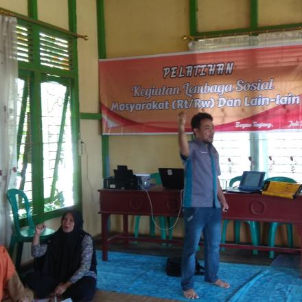 Kegiatan Pelatihan Lembaga Sosial Masyarakat (RT/RW)